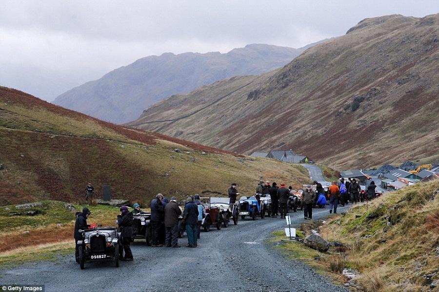 Transportation for Tourists Car