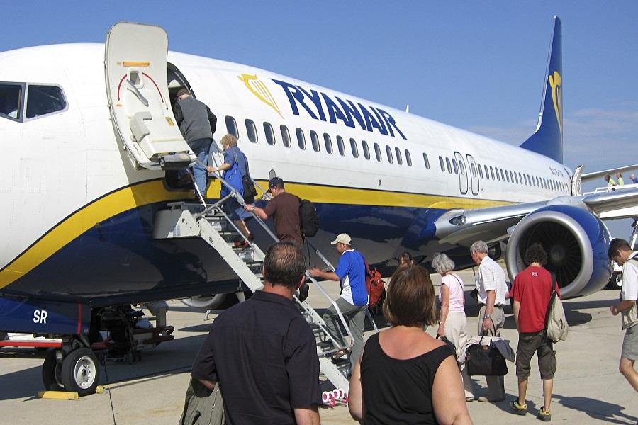 Ryanair plane at Carcassonne airport